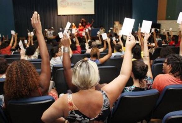 Em greve há mais de 40 dias, professores da Uneb decidem por manter paralisação