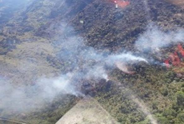 Chapada: Fogo consome área de 675 'campos de futebol' em Rio de Contas
