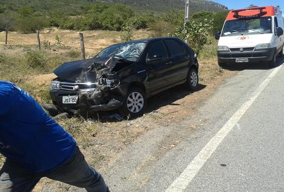 Livramento: Animal na pista provoca acidente na BA-152, próximo a entrada do Monteiro