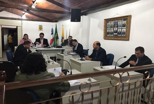 Rio de Contas: Legislativo realizou sessão recheada de polêmicas na noite de ontem (09)