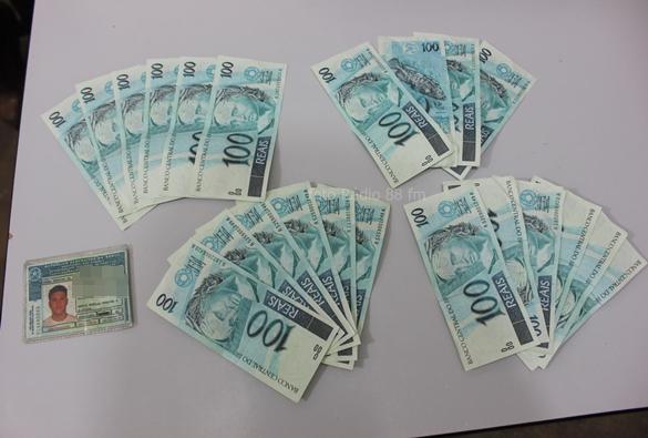 Marcolino Moura: Homem é preso com 2.200,00 em notas falsas