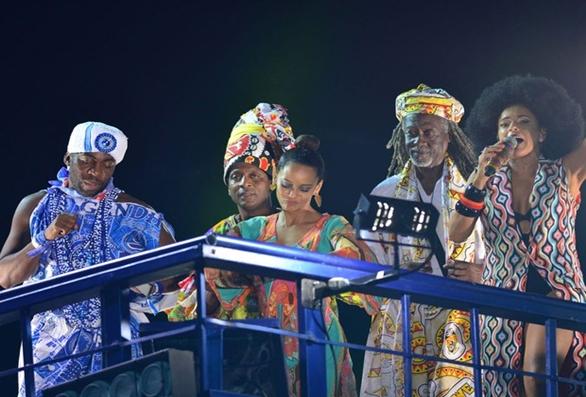 Com Lázaro e Taís Araújo, Daniela Mercury defende empoderamento negro na BA