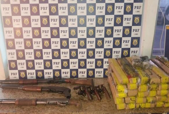 Homem e mulher são presos pela PRF em Vitória da Conquista com armas e 40 kg de drogas