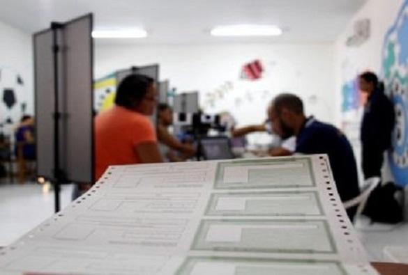 Biometria detecta 25 mil fraudes de eleitores; única pessoa tinha 52 títulos
