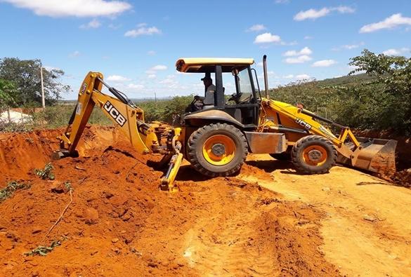 Livramento: Prefeitura continua com a recuperação das estradas vicinais