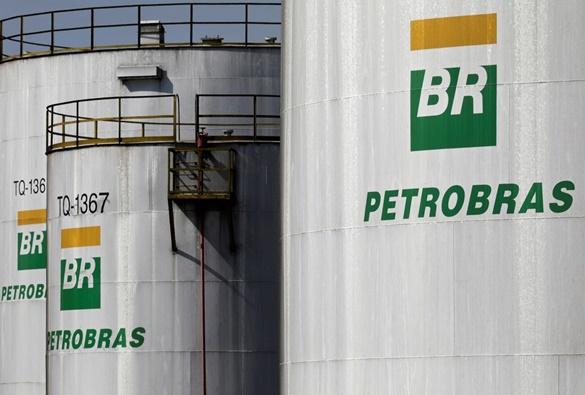 Petrobras eleva diesel em 4% e gasolina em 5% a partir de terça-feira