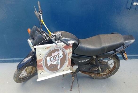 Paramirim: Policia recupera moto roubada na zona rural