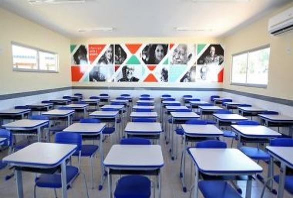 Colégios baianos mudam CNAE para atuar como forma de amenizar prejuízos, diz associação