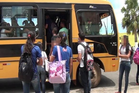 Ministério Público Federal encomenda que Livramento de Nossa Senhora e mais 30 municípios regularizem transporte escolar