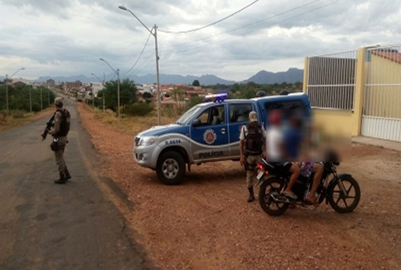 Dom Basílio: Polícia Militar intensifica patrulhamento ostensivo e abordagens