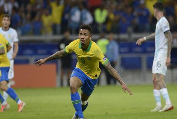 Brasil vence Argentina e vai à final da Copa América