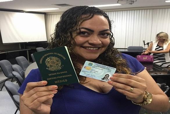 Médica cubana Maurisleydis Pérez consegue registro no CRM