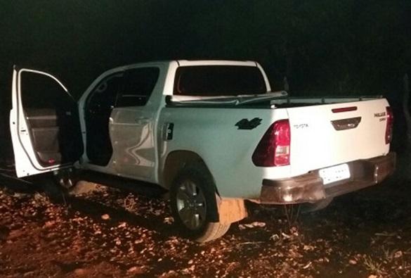 Livramento: Hilux que foi tomada de assalto em lote é encontrada