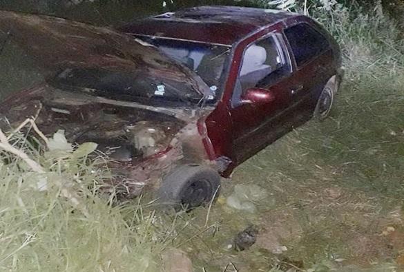 Motorista sofre acidente em estrada vicinal na comunidade da Barrinha