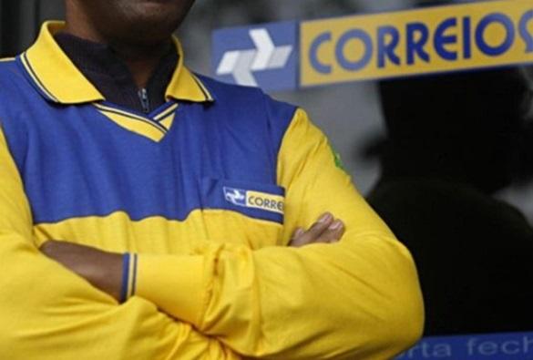 Após assembleia, funcionários dos Correios decidem manter greve na Bahia