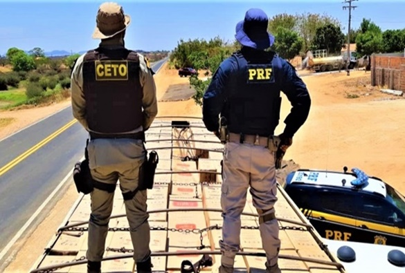 Polícia Rodoviária Federal apreende carga de cigarros contrabandeados