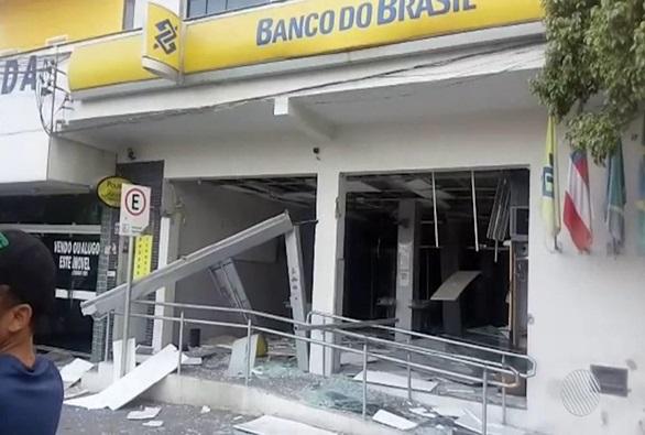Bahia reduz assaltos e explosões de bancos