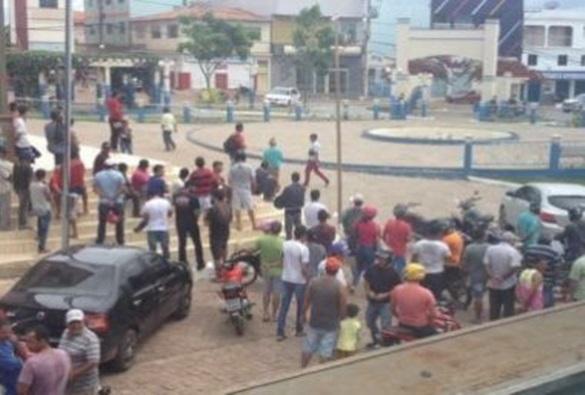 Barra da Estiva: Família de gerente de banco é feita refém em ação de quadrilha