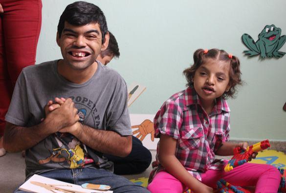 Escola Dona Tina garante educação inclusiva à crianças com necessidades especiais