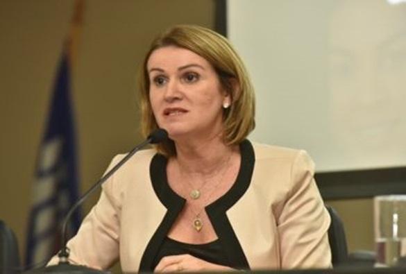 Procuradora-geral pede que gastos exagerados com festas juninas sejam denunciados