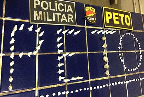 Brumado: Polícia Militar apreende drogas e prende suspeito por tráfico de drogas